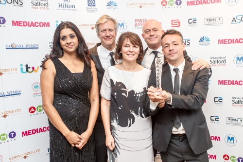 Ross Kemp Wins Best Investigation Award For Extreme World: India