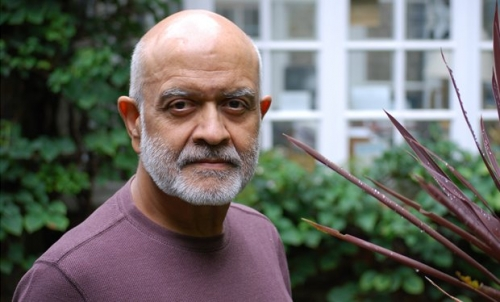 Waris Hussein Honoured With AMA Outstanding Contribution To Media Award