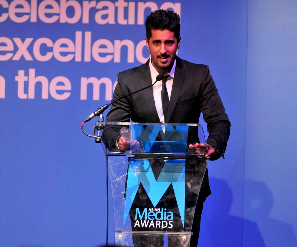Asad Shan Wins TV Presenter of the Year Award