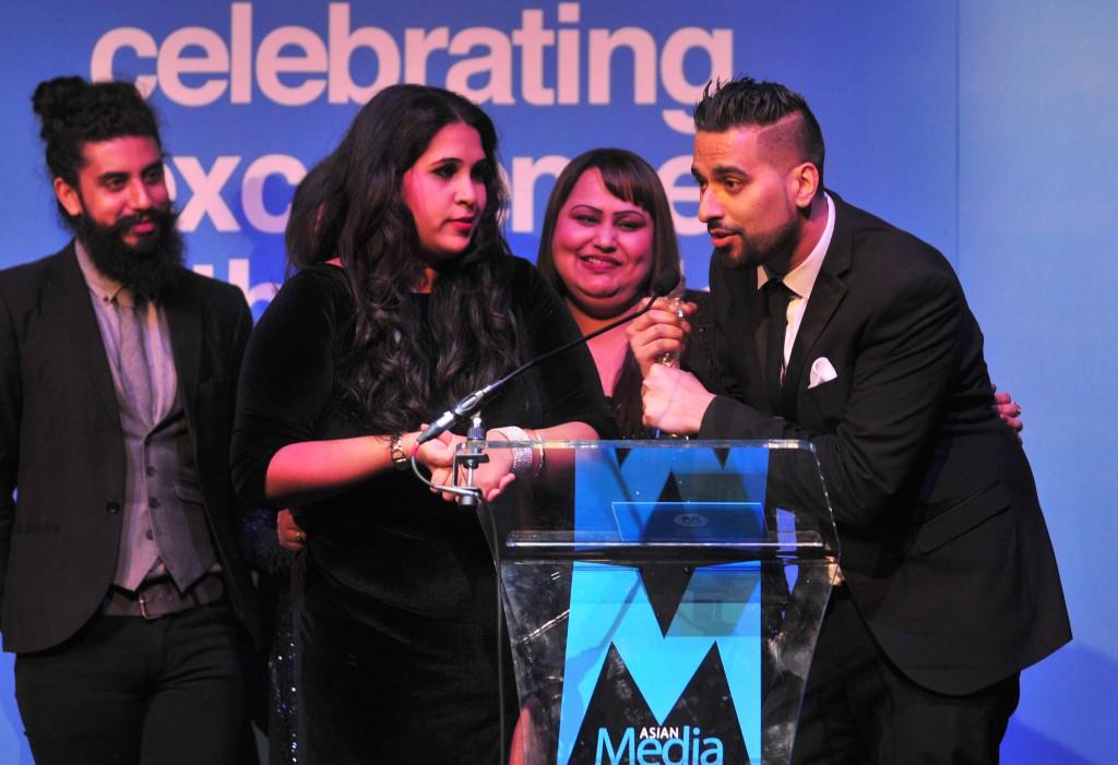 Sabras Win AMT Lawyers Regional Radio Station Award On 20th Anniversary