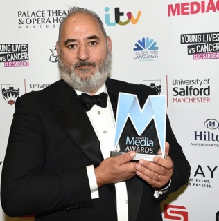 Ayub Khan Din is Honoured with Services to British Television & Film Award