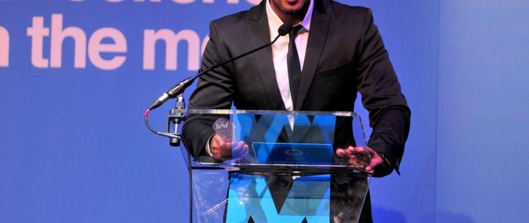 Asad Shan Wins TV Presenter of the Year Award