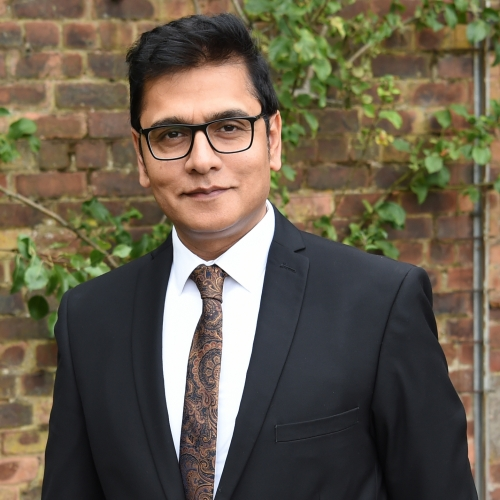 Talat-Farooq Awan