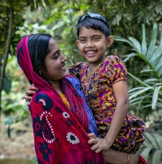 Find Out How Sightsavers Are Helping Communities In Bangladesh